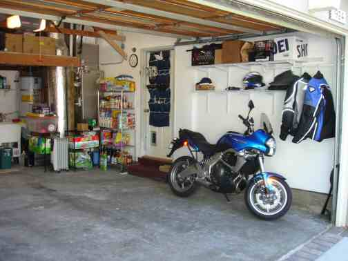 Garage after right side